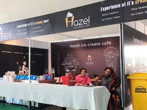 hazel-ice-cream-stall-at-bangalore (1)